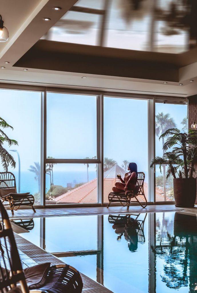 מלון דיוויד טוואר בריכת המלון